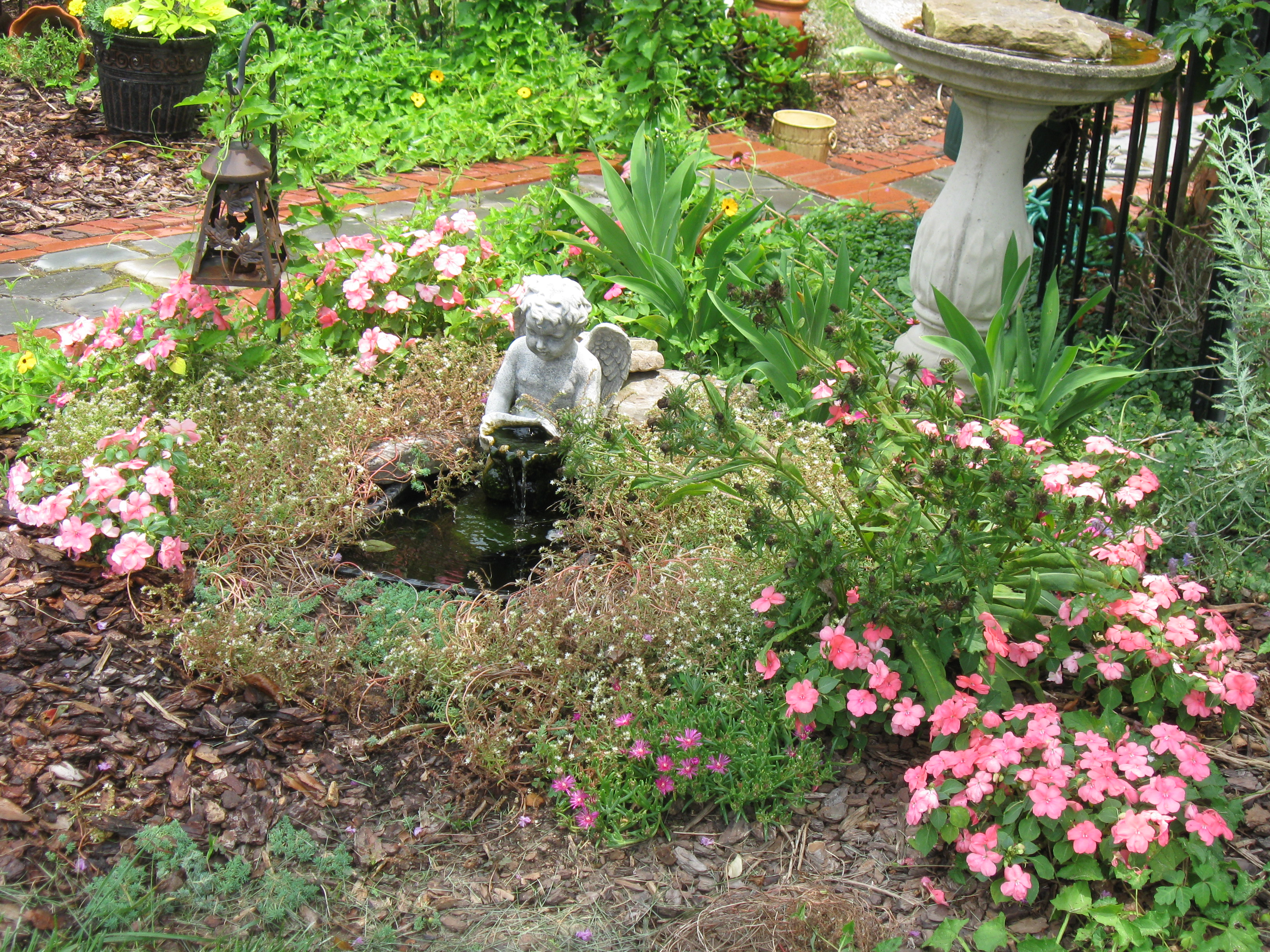 Small Pet Memorial Garden Ideas Photograph Remembrance J